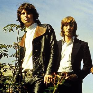 Photo of Jim MORRISON and DOORS