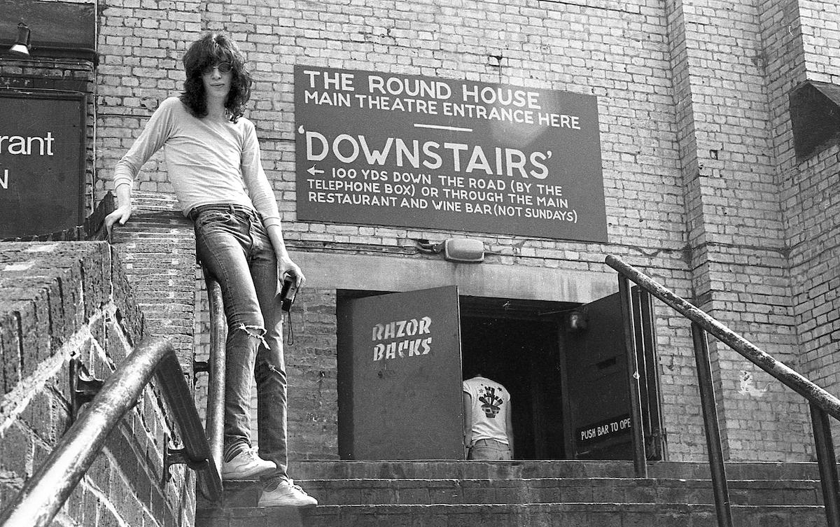 Ramones-Round-House-1976-Danny-Fields